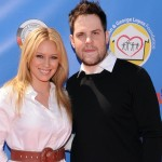 Hilary Duff se divorcia de Mike Comrie